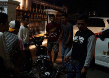 Giat UKL Polres Banjarbaru di depan Balai Kota Banjarbaru (Lapangan Dr Murjani). foto - Dema