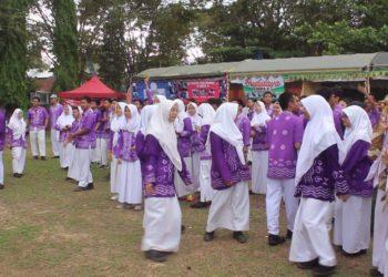 Suasana di SMAN 2 Banjarbaru saat Bazar KUS. Foto - Dema