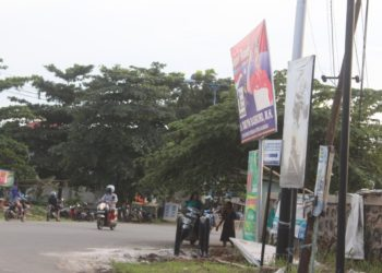 Bawaslu Kota Banjarbaru memperbolehkan peserta pemilu 2019, untuk memasang APK-nya dari 23 September 2018 sampai dengan 13 April 2019. Foto - ist
