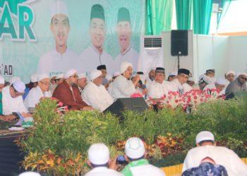 Walikota, Wakil Walikota dan Ketua DPRD Kota Banjarbaru selalu kompak hadiri kegiatan yang berkaitan dengan religi. Foto : Mhl - Hms Bjb