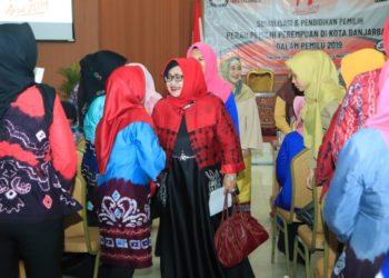 Perempuan mempunyai 'suara' yang dinilai bisa menentukan masa depan bangsa. Foto : Upk - Hms Bjb