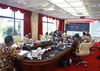 Mendagri berikan arahan pada Musyawarah Perencanaan Pembangunan (Musrenbang) Penyusunan Rencana Kerja Pembangunan Daerah (RKPD) Provinsi Jawa Barat 2021 melalui video conference